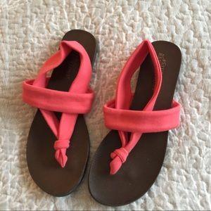 Shoes - NWOT - Natural Reflections Sandal - Size 8